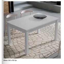 Mesa comedor 90x90cms....
